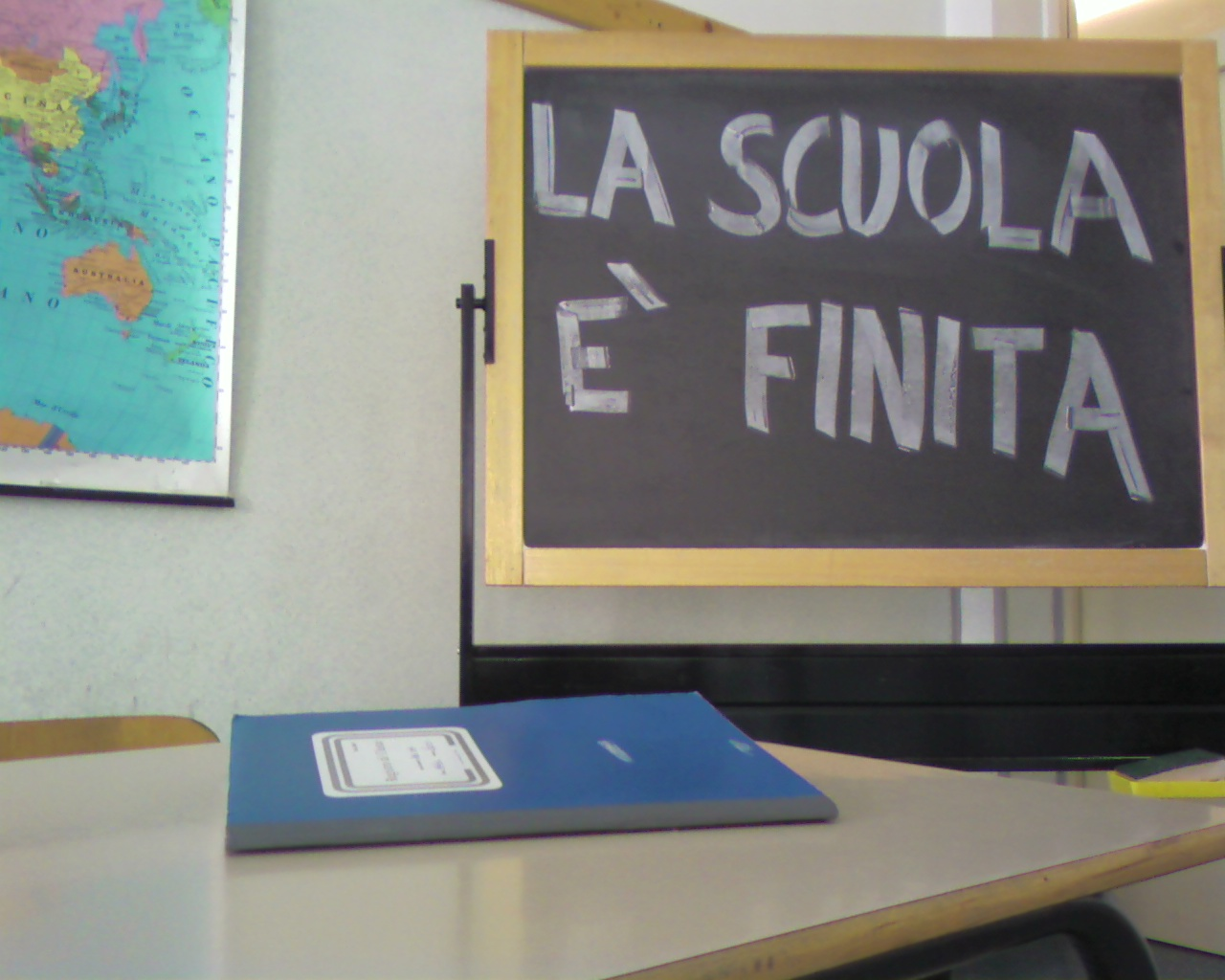 http://mariobadino.noblogs.org/resource/generale/download/foto_scuola.jpg